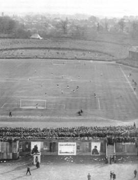 FA Cup Final 1911: Photo showing the match of Bradford City vs Newcastle at Crystal Palace During the 0-0 draw