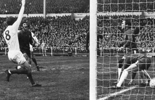 FA Cup Final 1970: McCreadie lets Charlton's Header for Leeds' first goal